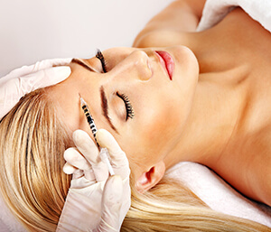 Dermatologist Answers for Questions About Juvederm Injections Treatment in Brooklyn Area